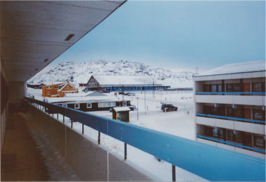Examples of information loaded pictures with recognisable buildings or places: apartment blocks in Nuuk. Photo by a 13 years old girl from Nuuk (CAM II, 5: 8).