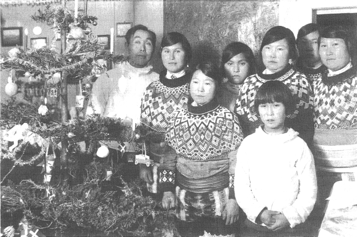 The celebration of Christmas, 25 December 1933 (photo by Jacob van Zuylen, no. AF.77, National Museum of Ethnology, Leiden).
