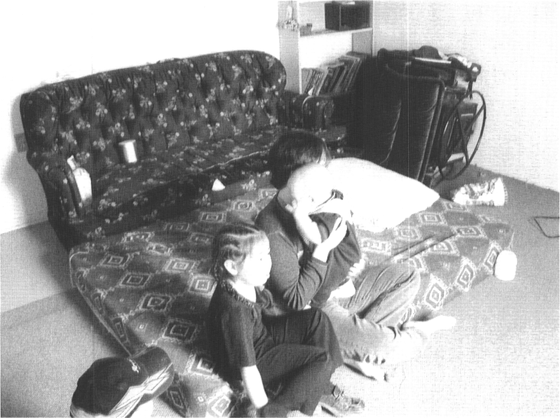 Communal sleeping arrangements observed in Inuit houses. Arviat, 2002.
