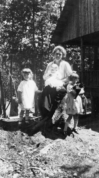 Belle Anderson and her three daughters, summer 1924.
